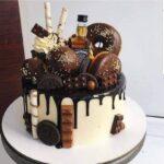 Fényes Cukrászda által készített csokis, fánkos whiskys torta.
