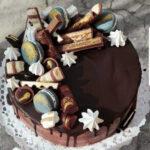 Fényes Cukrászda által készített csokis torta.